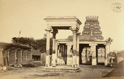 View from the south of the four-pillared mandapa and gopura of the Kailasanatha Temple, Tiruchengodu 2600